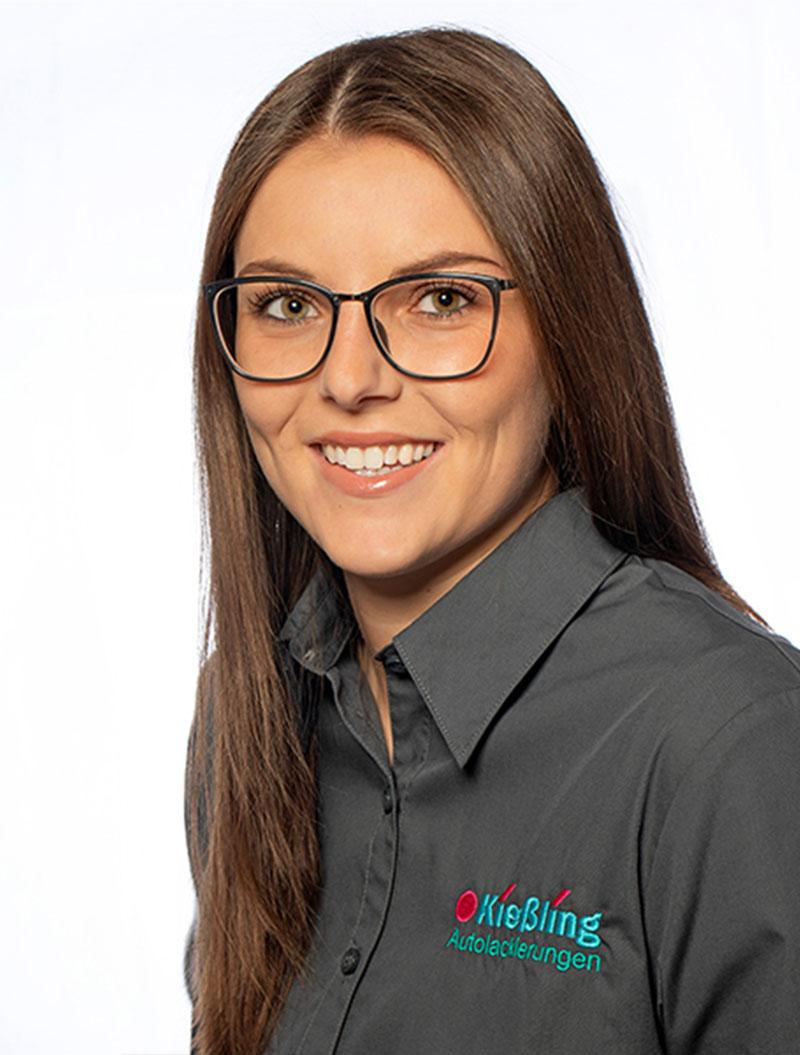 Lackierzentrum Kießling Mitarbeiter Lena Schärtel